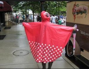 ディズニーに行く日が雨!服装はどうする?6月の雨対策コーデ ...