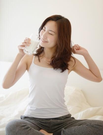 女性ホルモンに効く豆乳の飲むタイミング朝
