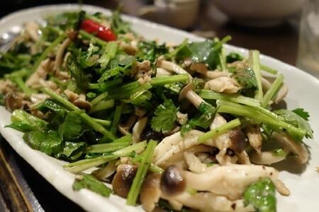 パクチー効果的な食べ方野菜炒め