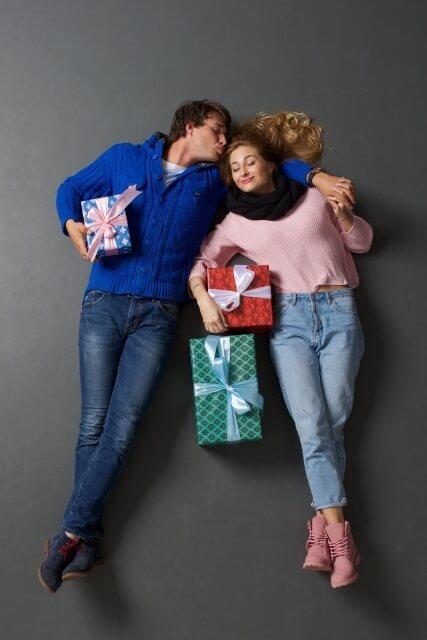 クリスマスプレゼント  彼女 ペアリング 選び方
