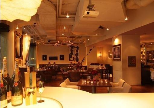丸の内イルミネーション レストラン GARB東京