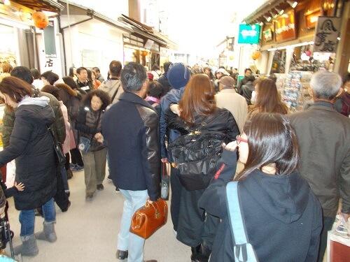 宮島 表参道商店街 混雑 午前中