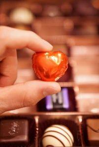 バレンタイン 意味深チョコとは