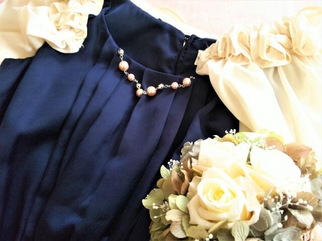 30代 結婚式 ドレス 色